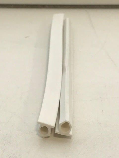 Заглушка паза штапика (пыльник) бел.